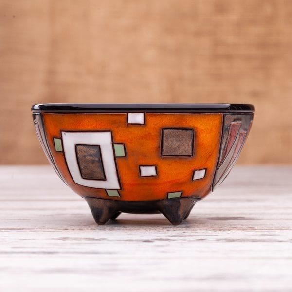 Керамична чаша