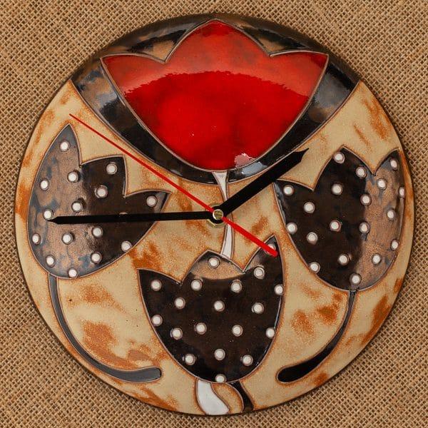 Ръчно изработен керамичен часовник Лале