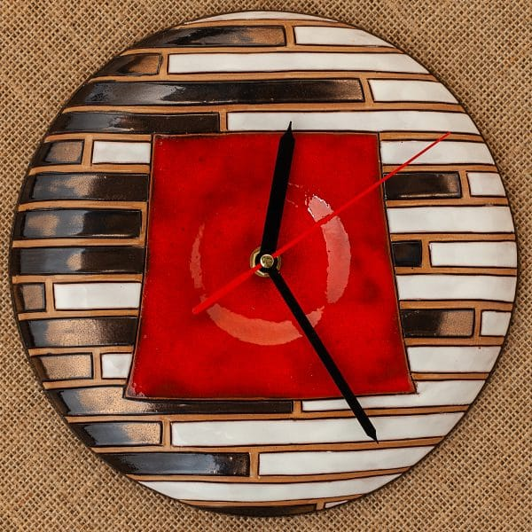 Ръчно изработен керамичен часовник Пиано