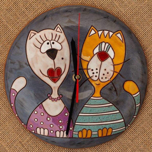 Ръчно изработен керамичен часовник Котки портрет