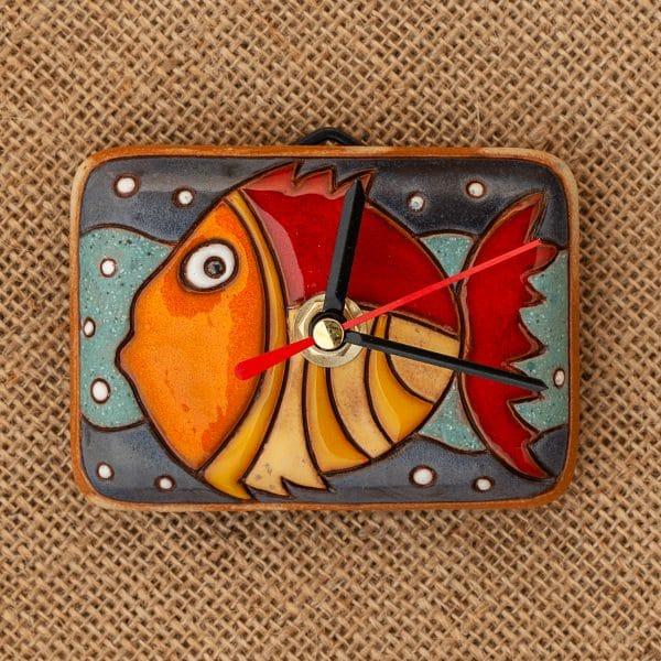 керамичен часовник ръчна изработка Златната рибка