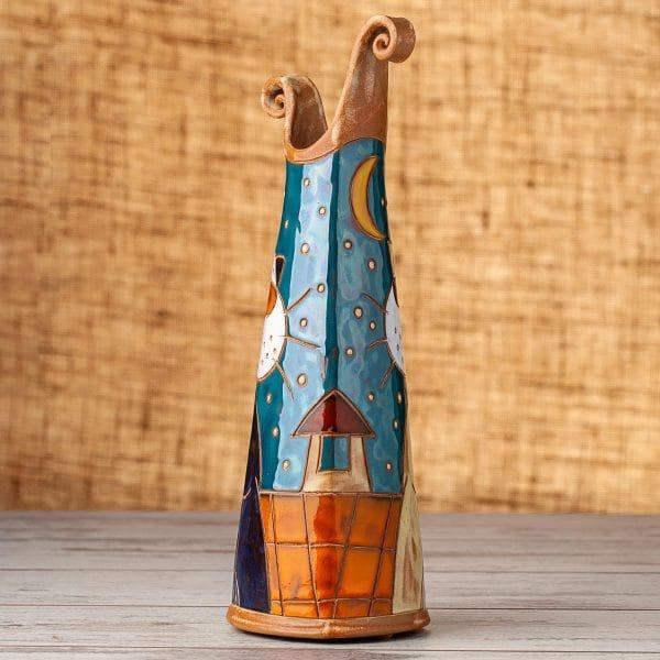 Керамична тънка ваза