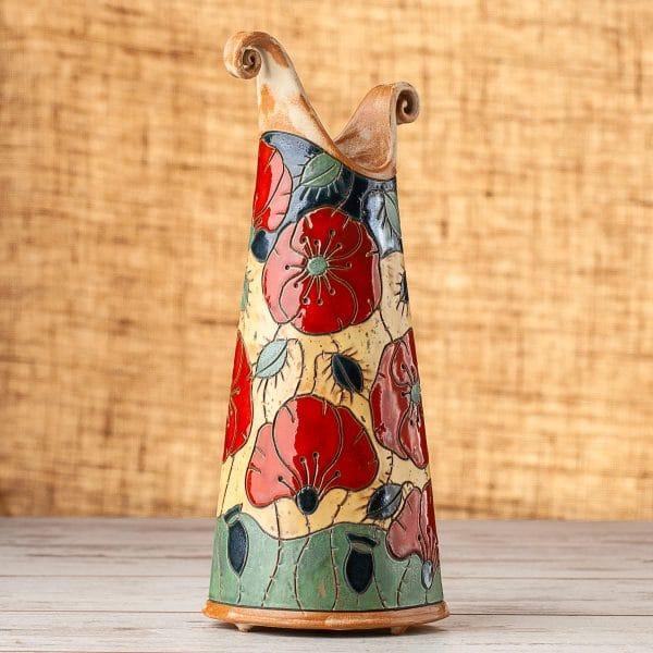 Тънка керамична ваза Макове